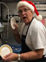 christmas volunteer washing dishes